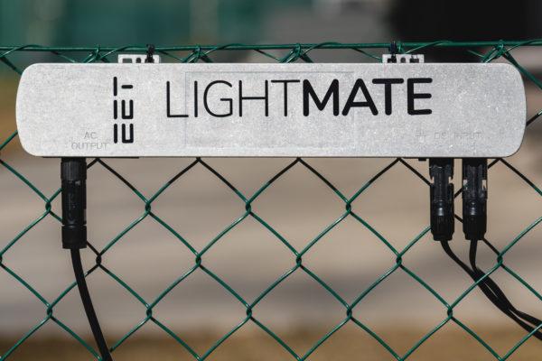 Wechselrichter für steckerfertige Photovoltaiksysteme