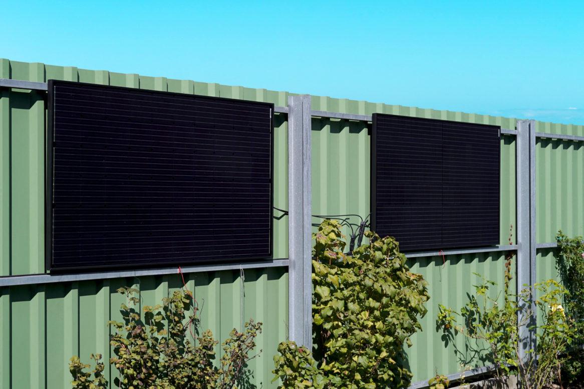 Il nero estetico del sistema fotovoltaico per la presa